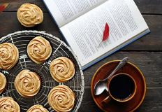 Кофе-какао-книги: пей и читай...