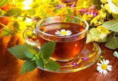 Чай из трав с ароматом лета - лучшее, что может быть на природе зимой...