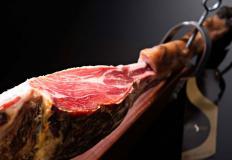 Хамон - сыровяленый испанский окорок - лакомство и деликатес