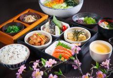 Японская кухня - сама по себе загадка, на одну пусть будет больше