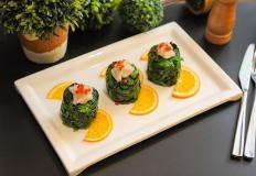 """Салат из шпината с гребешком в ресторане """"Конфуций"""""""