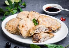 """Кабачки фаршированные, тансуюк и салат из сои в кафе """"Корея"""""""