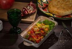 """Овощи на пару, овощи-гриль или овощи, обжаренные в казане в караоке-ресторане """"Шерали"""""""
