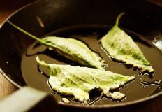 В Японии шисо ещё называют оба, научное же название - перилла