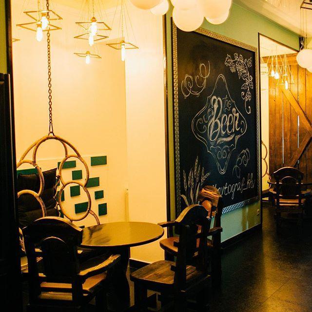 Интерьер кафе АВТОГРАФ в Хабаровске