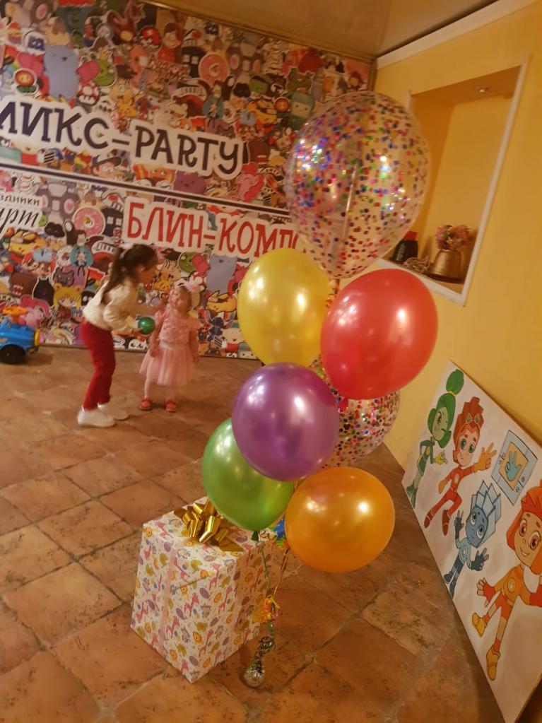 """Интерьер кафе """"Блин-компот"""" в Хабаровске"""