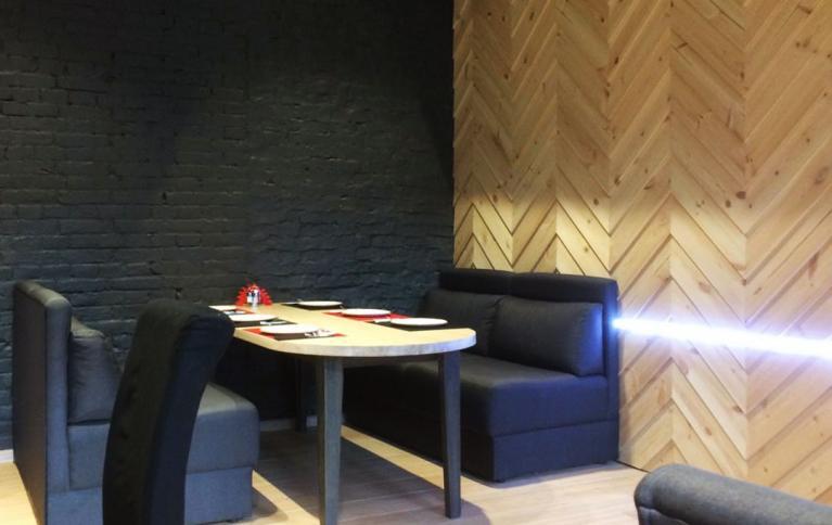 "Интерьер кафе ""Эверест"" в Хабаровске"