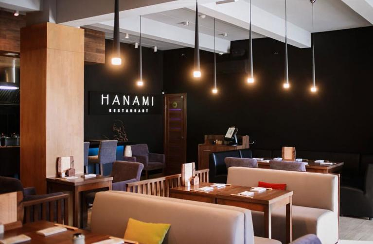 Фотография интерьера ресторана Hanami (со страницы ресторана в VK)
