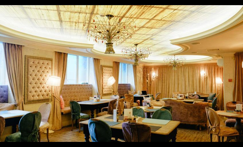 """Фотография интерьера ресторана """"Патч"""" с сайта hleb.asia (фотограф Тимофей Шуляков)"""